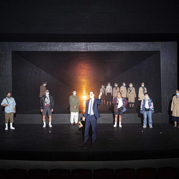 Staatstheater Cottbus UMKÄMPFTE ZONE Eine Bearbeitung des gleichnamigen Romans von Ines Geipel durch Armin Petras URAUFFÜHRUNG Szenenfoto (Foto: Marlies Kross)