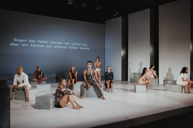 Staatstheater Cottbus NUR EIN WIMPERNSCHLAG ... Ballettabend von Oliver Preiß | Uraufführung Szenenfoto (Foto: Claudia Bernhard)