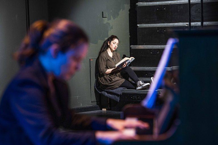 DAS TAGEBUCH DER ANNE FRANK - DIGITAL Oper für Jugendliche als Koproduktion zwischen dem Staatstheater Cottbus und dem Staatstheater Karlsruhe Foto: Marlies Kross